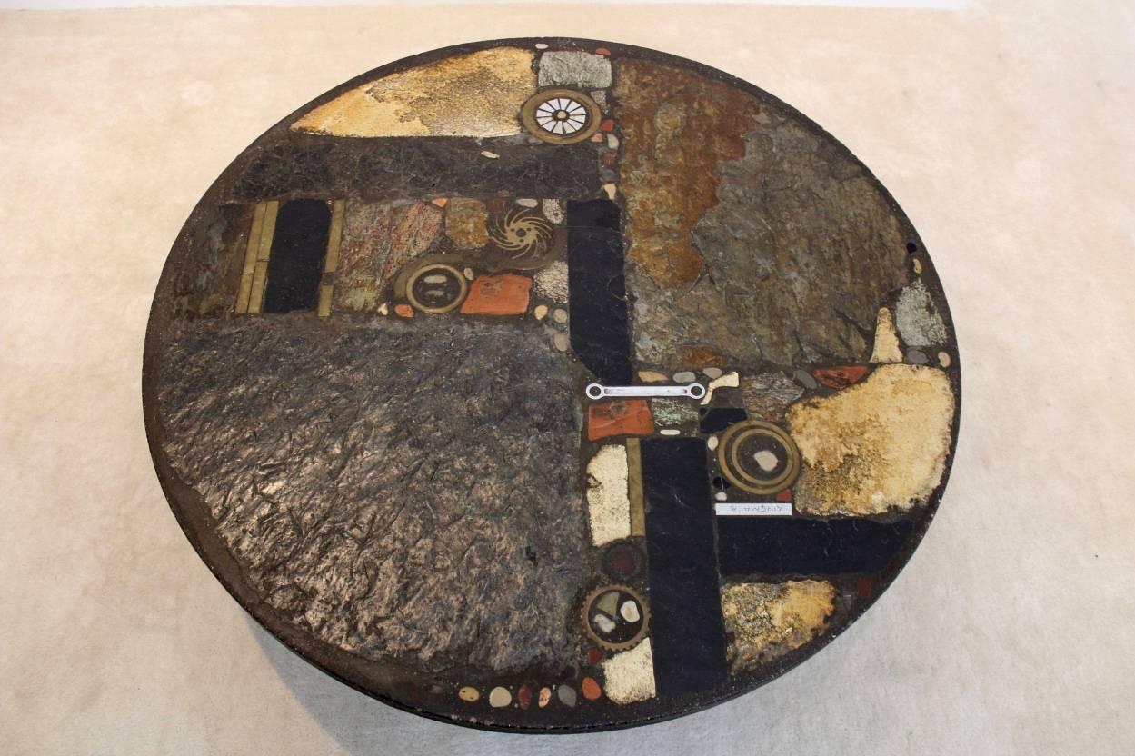 Brutalist paul kingma one off ceramic and brass artwork for Gulden interieur rotterdam