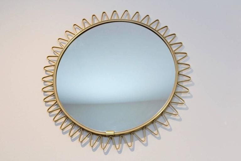 Elegant Mid-Century Brass Framed Sunburst Mirror, France For Sale 2