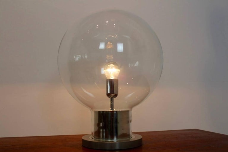Mid-Century Modern Iconic RAAK Amsterdam Extra Large Globe Chrome and Glass Table Lamp For Sale