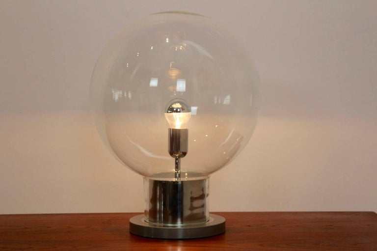 20th Century Iconic RAAK Amsterdam Extra Large Globe Chrome and Glass Table Lamp For Sale