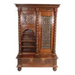 Early 20th Century Renaissance Style Bookcase with Leaded Glass Door