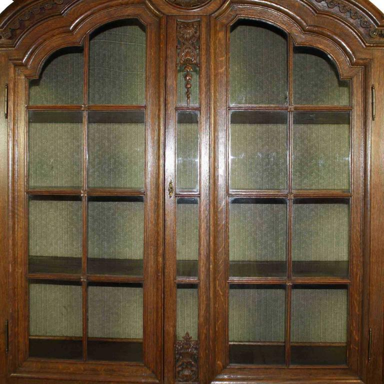 Late 19th Century Louis XV Style Hutch For Sale 1