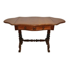 Mid-19th Century Mahogany Two-Drawer Pembroke Table with Scalloped Leaves