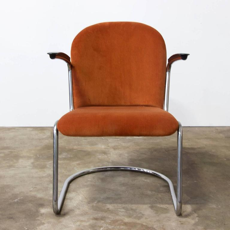 1935, W.H. Gispen by Gispen Culemborg, 413 Easy Chair in Terra Corduroi Fabric In Excellent Condition For Sale In Amsterdam, North Holland