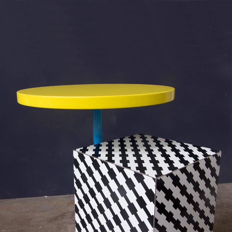 Base Metal 1981, Michele de Lucchi Kristall Side Table 'Robicara' for Memphis Milano For Sale