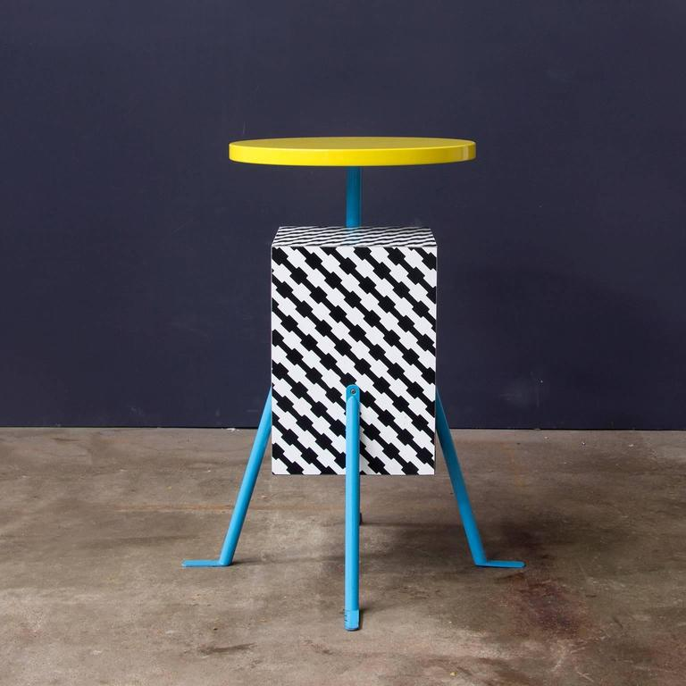 1981, Michele de Lucchi Kristall Side Table 'Robicara' for Memphis Milano In Excellent Condition For Sale In Amsterdam, North Holland