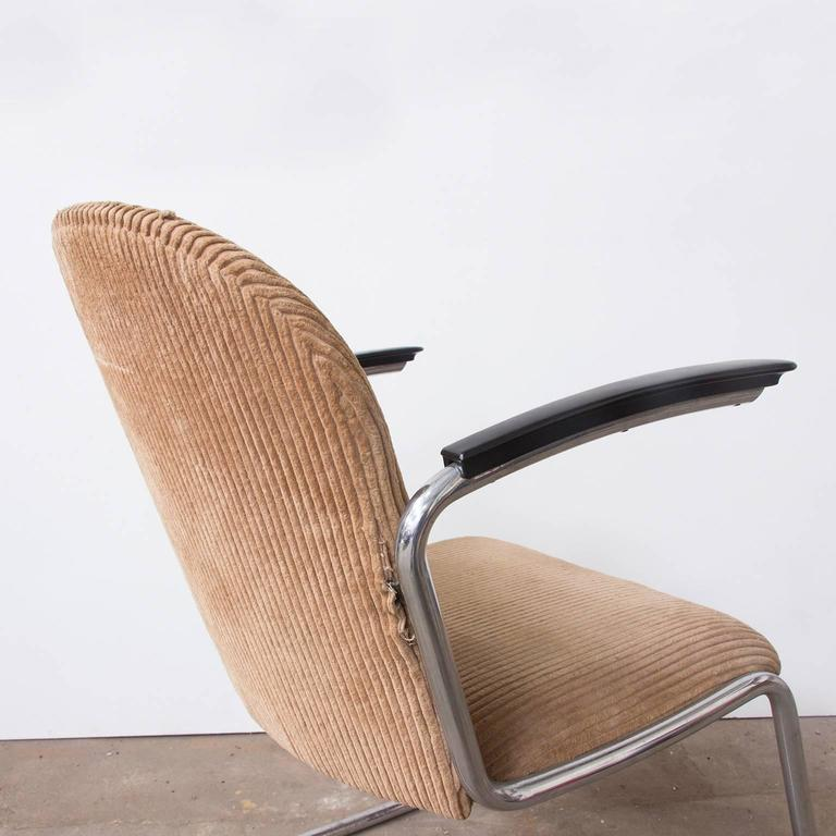 1935, W.H. Gispen by Gispen Culemborg, 413 Easy Chair in Original Corduroi Fabri For Sale 1