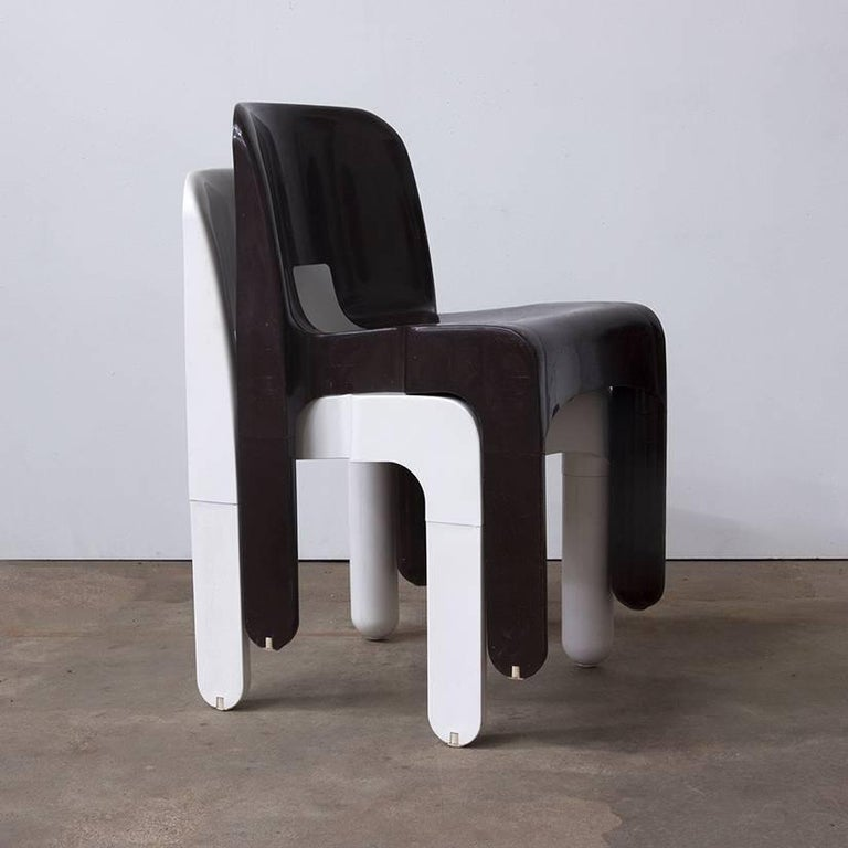 1967 Joe Colombo, Universale Plastic Chair, Type 4867 in Chocolate Brown For Sale 1