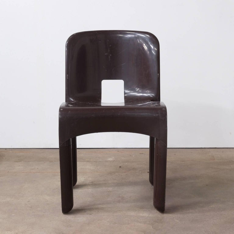1967 Joe Colombo, Universale Plastic Chair, Type 4867 in Chocolate Brown In Good Condition For Sale In Amsterdam, North Holland