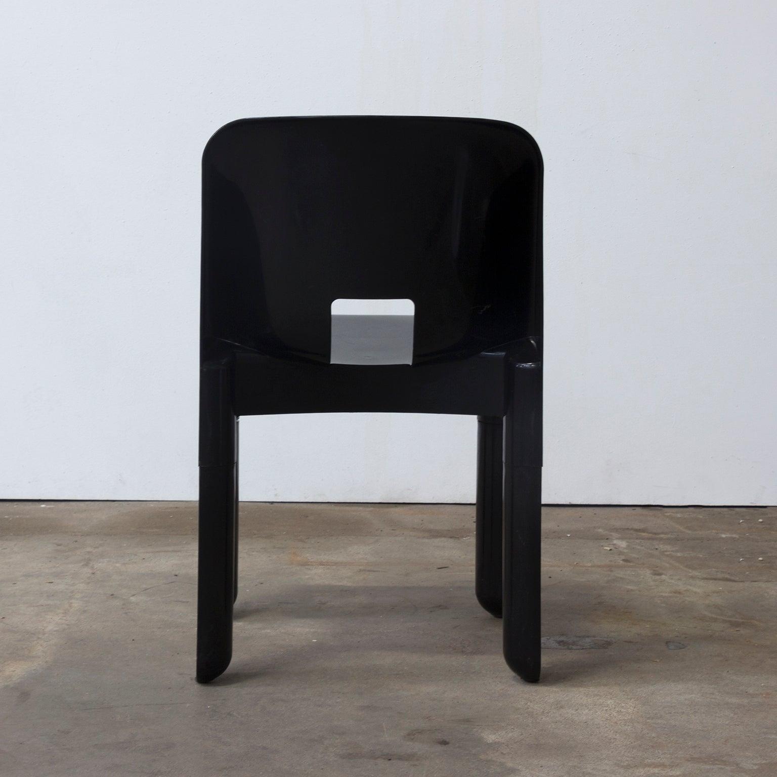 Design Stoelen Kartell.1967 Joe Colombo Universale Plastic Chair Type 4867 Three Pieces In Black