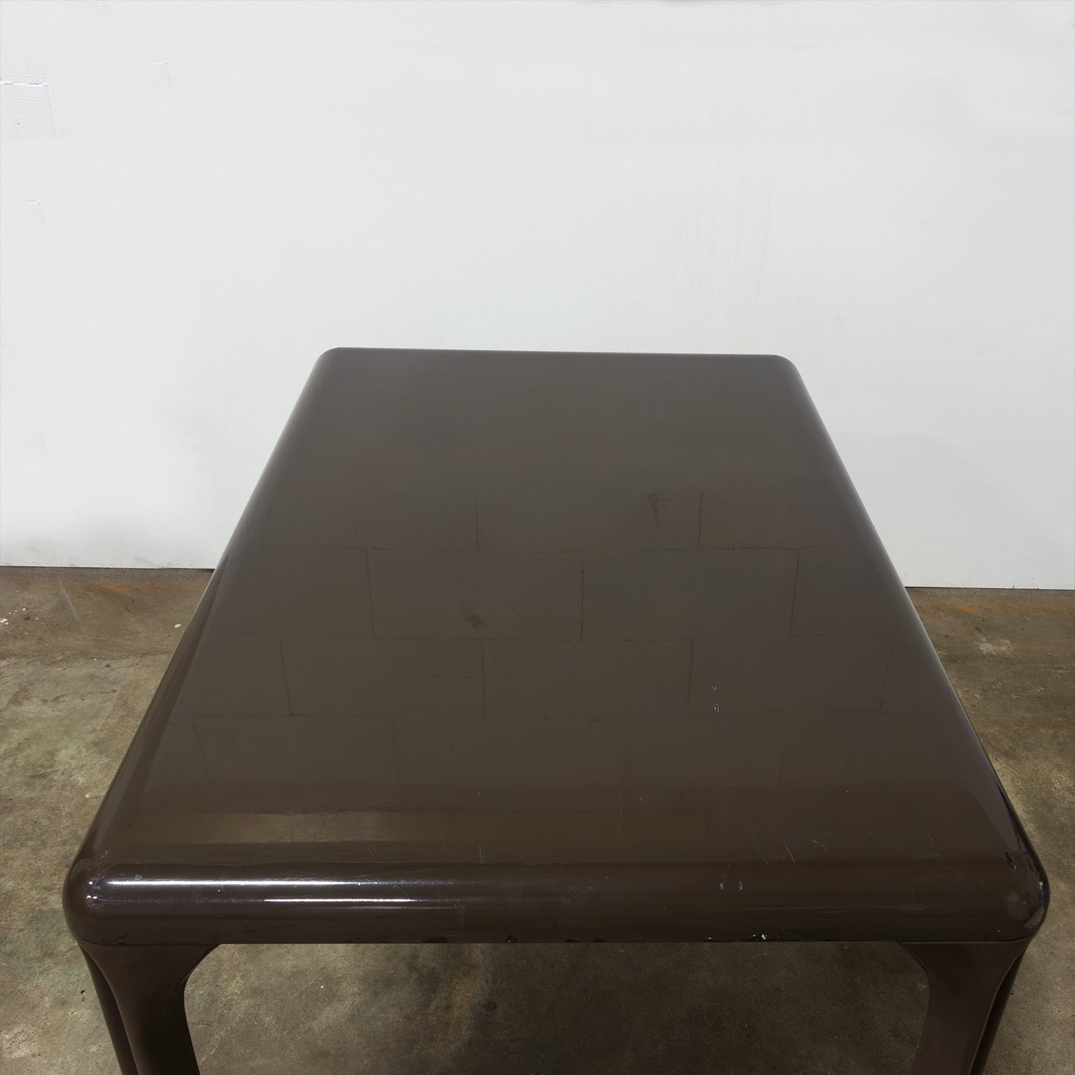 Bruine Side Table.1969 Vico Magistretti For Artemide Brown Plastic To Dissamble Table