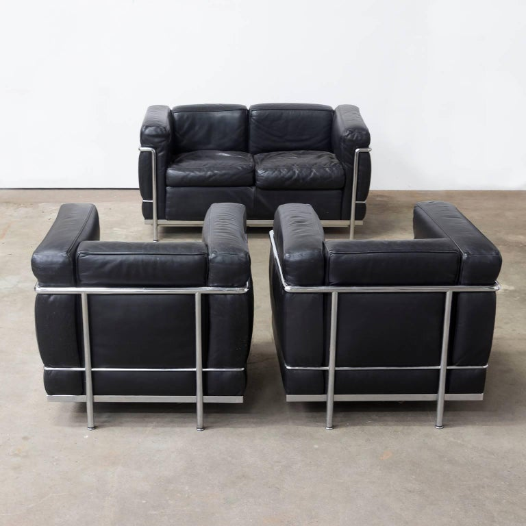 1928 le corbusier lc2 easy chair black leather by - Canape lc2 le corbusier ...
