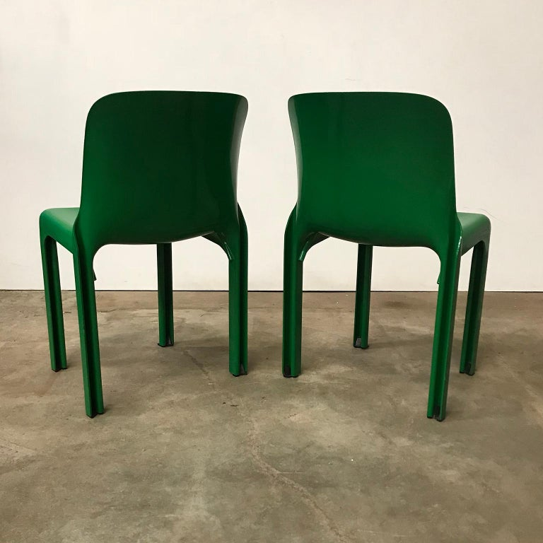 Italian 1969, Vico Magistretti for Artemide, Set of Four Green Selene Chairs For Sale