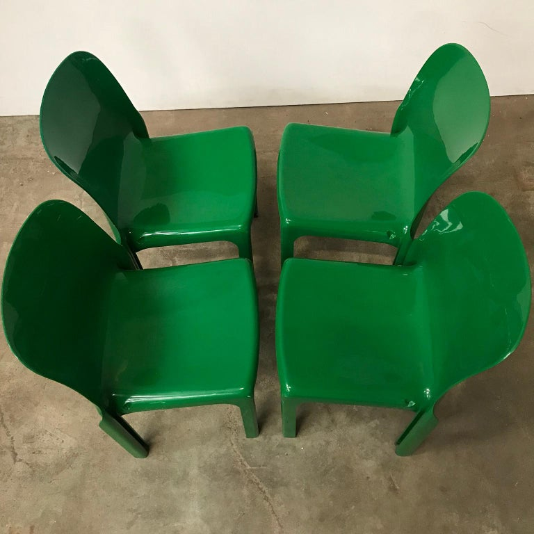 Plastic 1969, Vico Magistretti for Artemide, Set of Four Green Selene Chairs For Sale