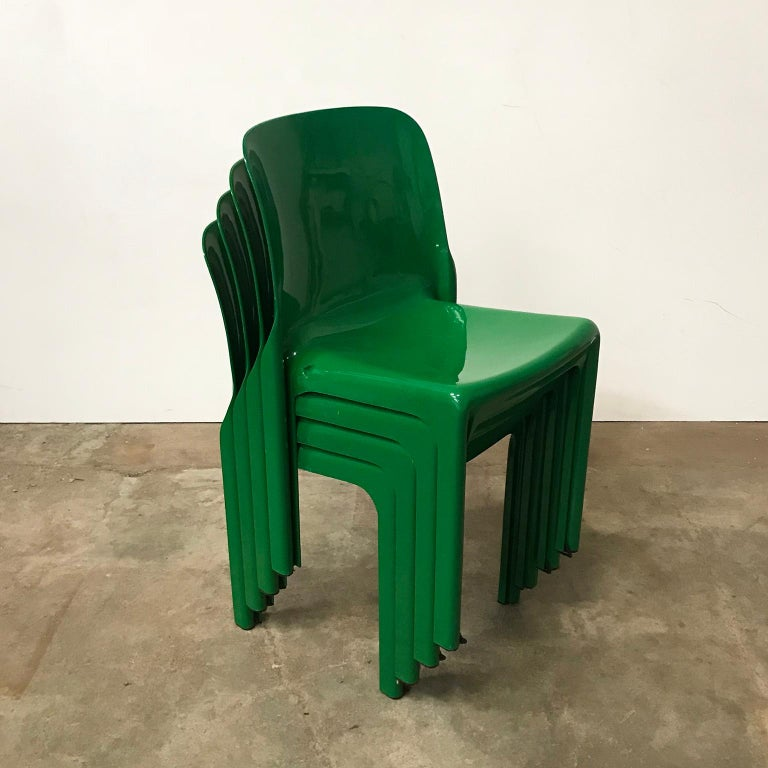 1969, Vico Magistretti for Artemide, Set of Four Green Selene Chairs For Sale 8