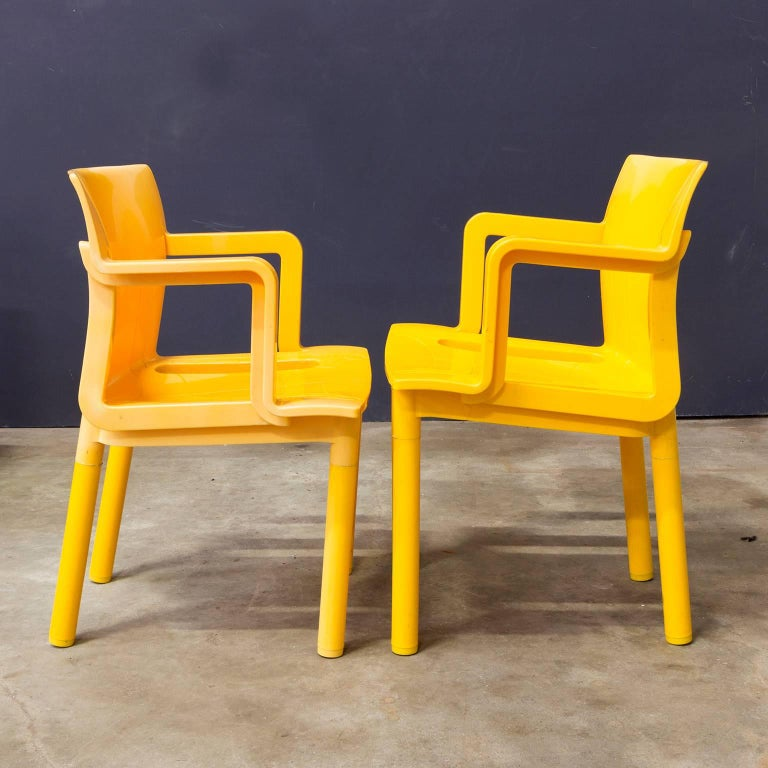 1986, Anna Castelli Ferreri for Kartell, Model 4870, Rare in Yellow with Arms For Sale 3