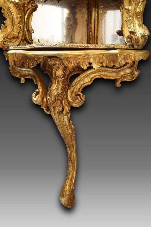 18th Century Italian Giltwood Corner Console For Sale 2