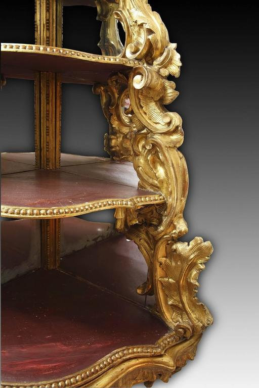 18th Century Italian Giltwood Corner Console In Good Condition For Sale In Paris, FR