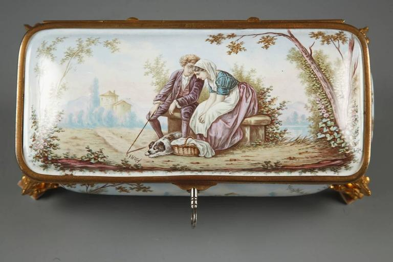 19th Century French Limoges Enamel Box In Good Condition For Sale In Paris, FR