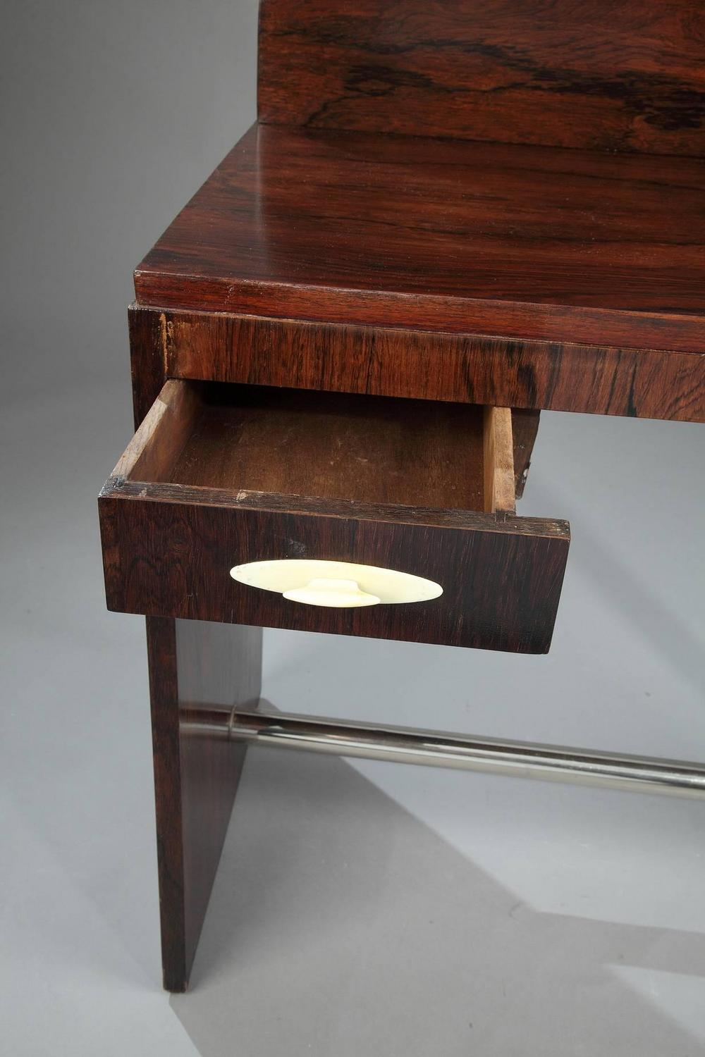 Rosewood art deco dressing table attributed to maison for Decoration maison 1930 lille