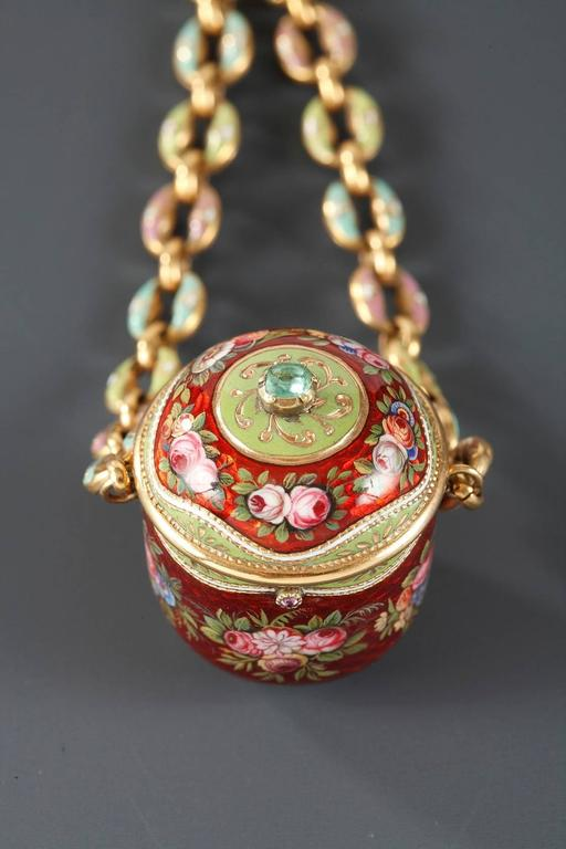 Louis XVI 18th Century Gold and Enamel Vinaigrette For Sale