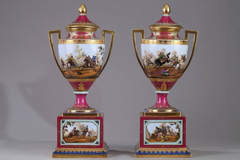 19th Century Pair of Vienna Porcelain Vases 3
