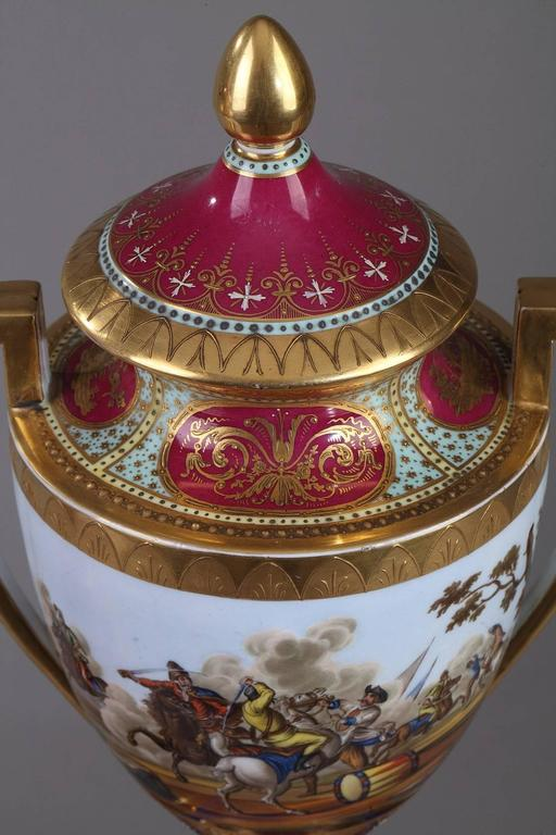 19th Century Pair of Vienna Porcelain Vases 4