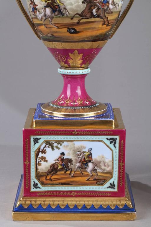 19th Century Pair of Vienna Porcelain Vases 5