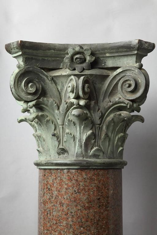 Important Red Granite and Bronze Column in Neoclassical Style For Sale 4