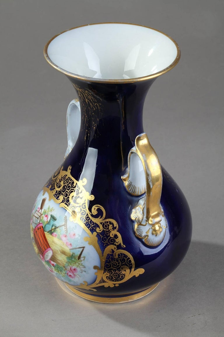 Painted Mid-19th Century Pair of Valentine Porcelain Vases For Sale