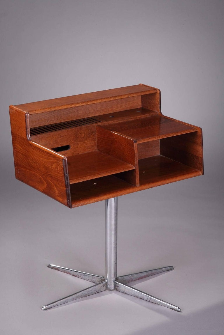 Midcentury Italian swivel console in exotic wood on chromed metal leg, manufactured by FIMSA in the 1960s. Can be used as end table, desk or nightstand. It is in good vintage condition.