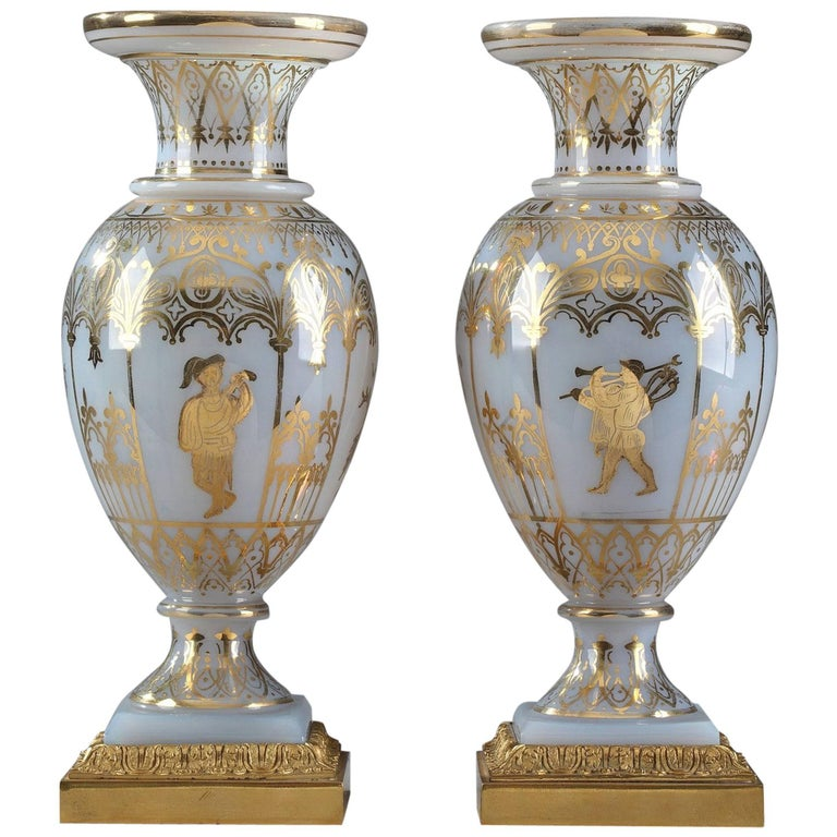 Pair of White Opaline Crystal Vases by Jean-Baptiste Desvignes For Sale