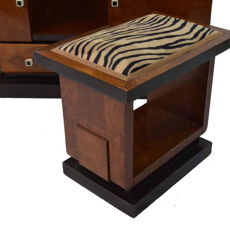 Art Deco Wood and Black details Vanity Table Mirror and Stool, France 1930s  For Sale 3