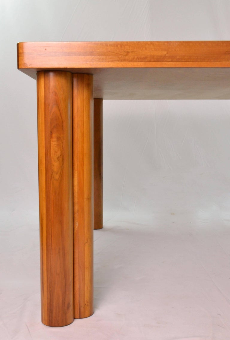 Carlo Scarpa Walnut Wood Scuderia Table and Kentucky Chairs for Bernini 1970s For Sale 3