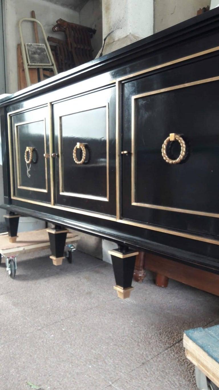 Italian Art Deco Black Wood and Golden Bronze Three Doors Credenza, 1940s For Sale 10