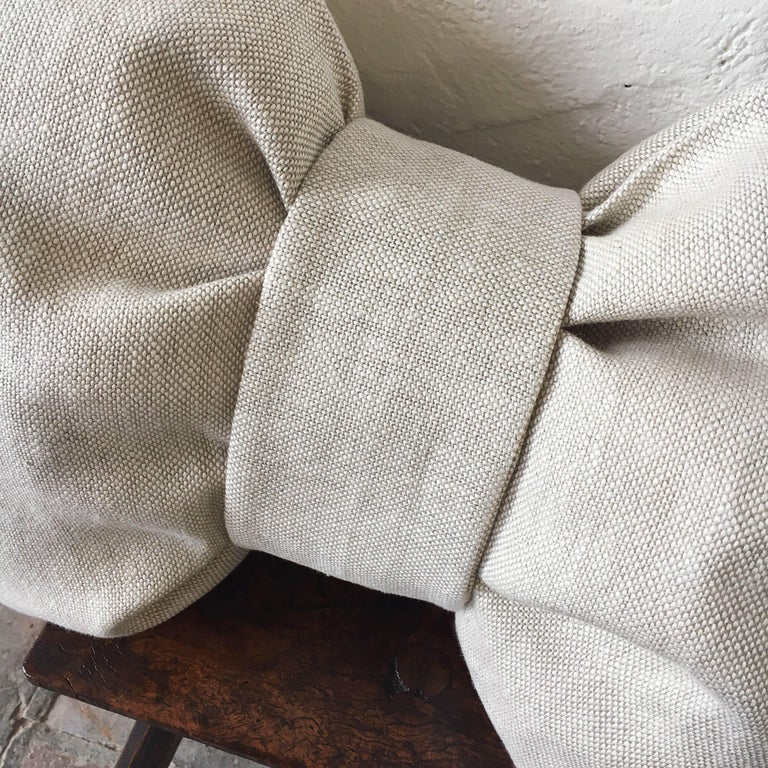 A pair of custom-made contemporary luxury cushions (pillows) constructed from 100% pure Irish linen made from the flax plant, the Aristocrat of textiles, and certified by the Irish Linen Guild. The vintage cloth is from an unused roll, is heavy