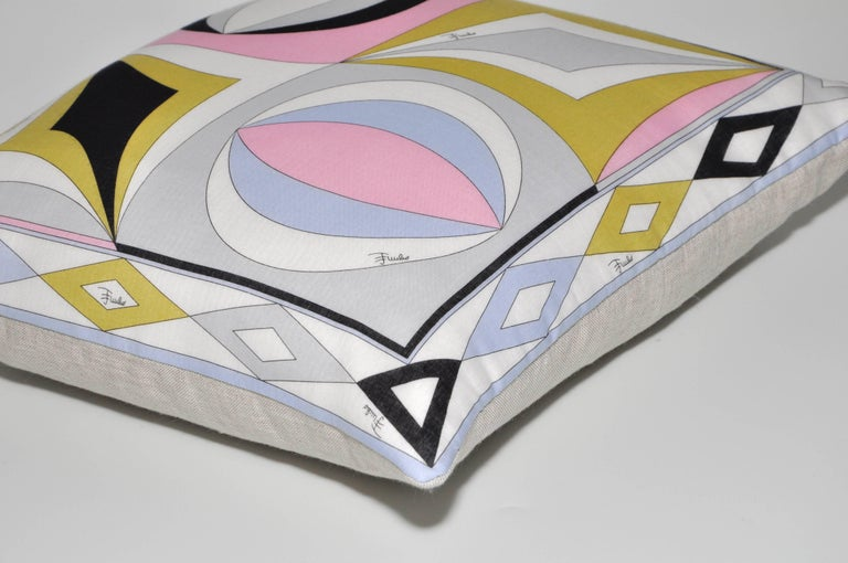 Italian Vintage Pucci Geometric Fabric and Irish Linen Cushion Pillow For Sale