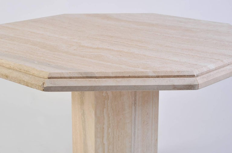 1970s Italian Octagonal Travertine Dining Table In Good Condition For Sale In London, GB