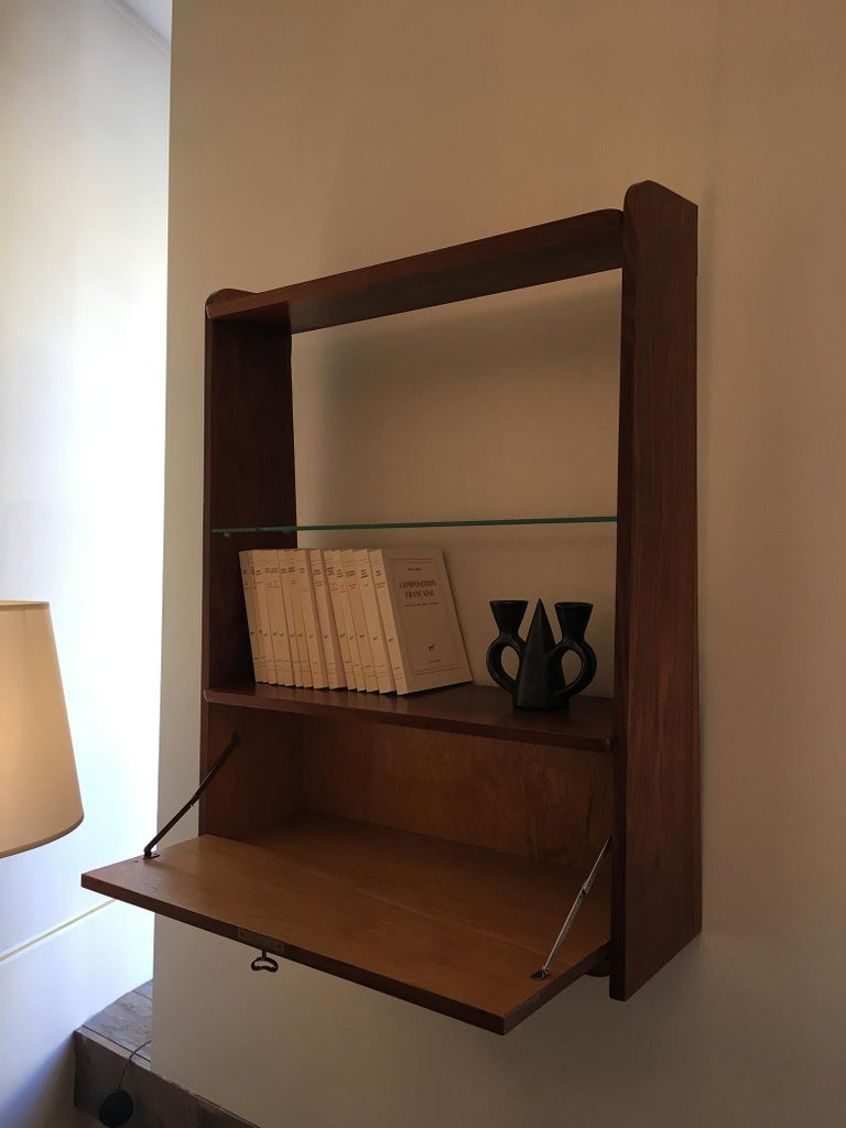 1950s Danish Walnut Wall-Mounted Shelf Cabinet In Good Condition For Sale In London, GB