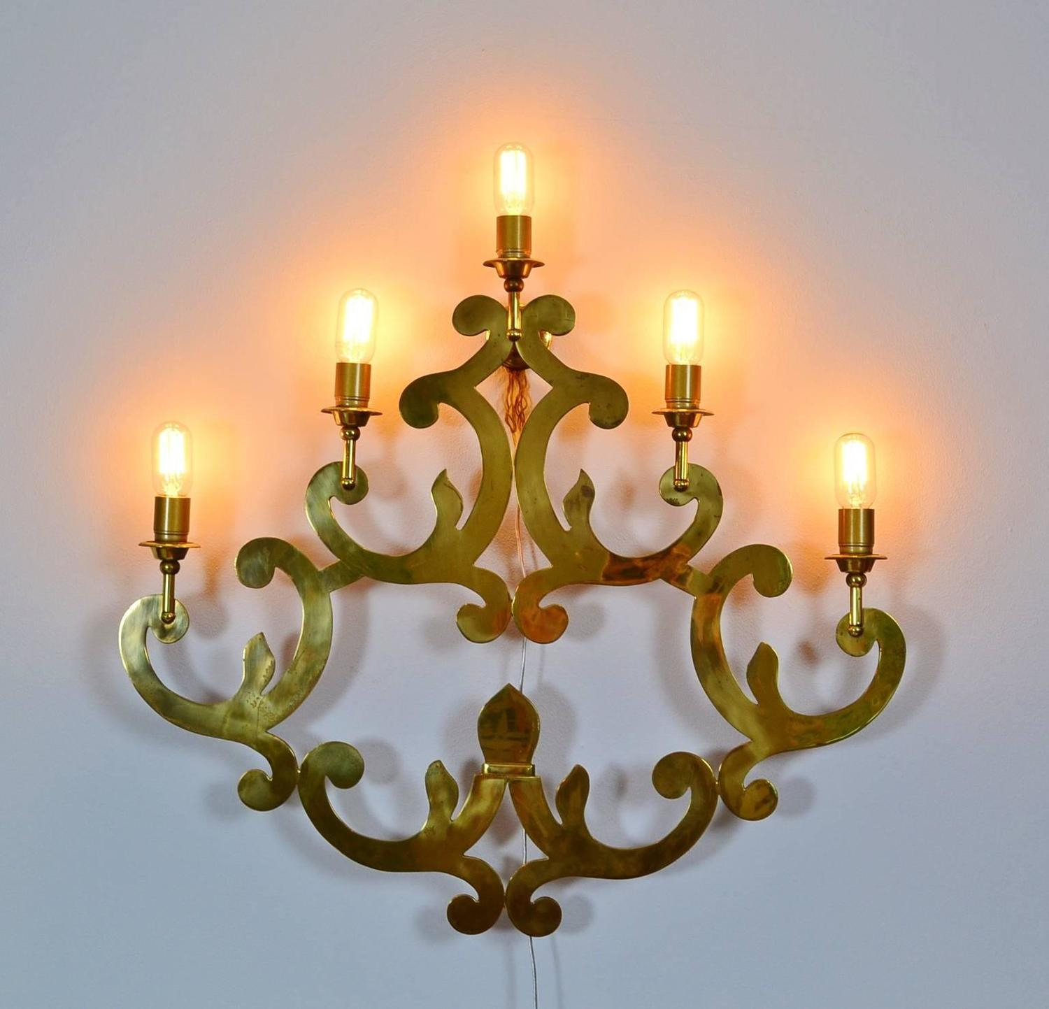 Italian Made Wall Sconces : Hugh Decorative Barock Brass Wall Sconce, Made in Italy, 1960s For Sale at 1stdibs