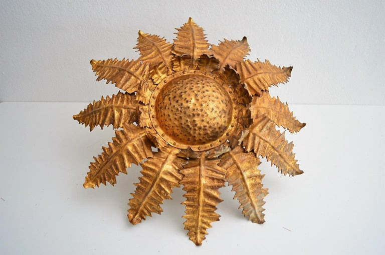 Mid-Century Modern Italian Golden Floral Thistle Pendant Lamp in the Hollywood Regency Style, 1960s For Sale
