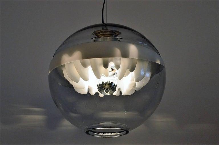 Italian Space Age Pendant Lamp by Toni Zuccheri for Venini, Italy For Sale