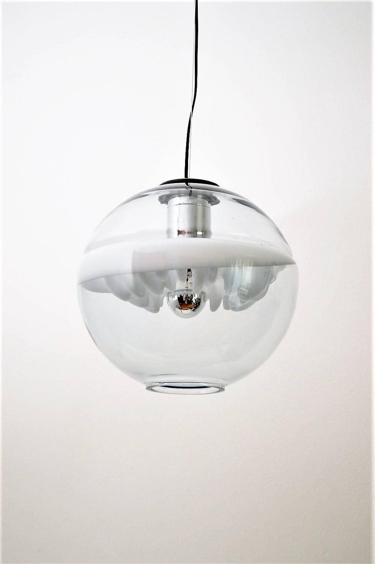 Hand-Crafted Space Age Pendant Lamp by Toni Zuccheri for Venini, Italy For Sale