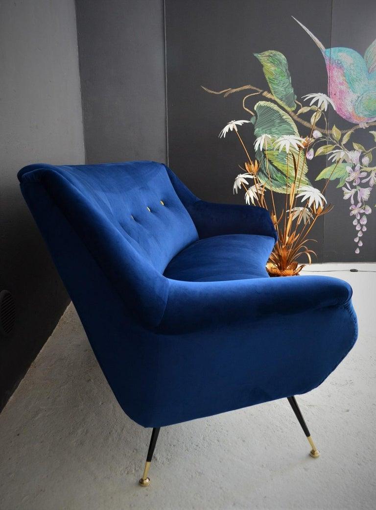 Brass Italian Mid-Century Modern Curved Sofa Reupholstered in Blue Velvet, 1950s For Sale