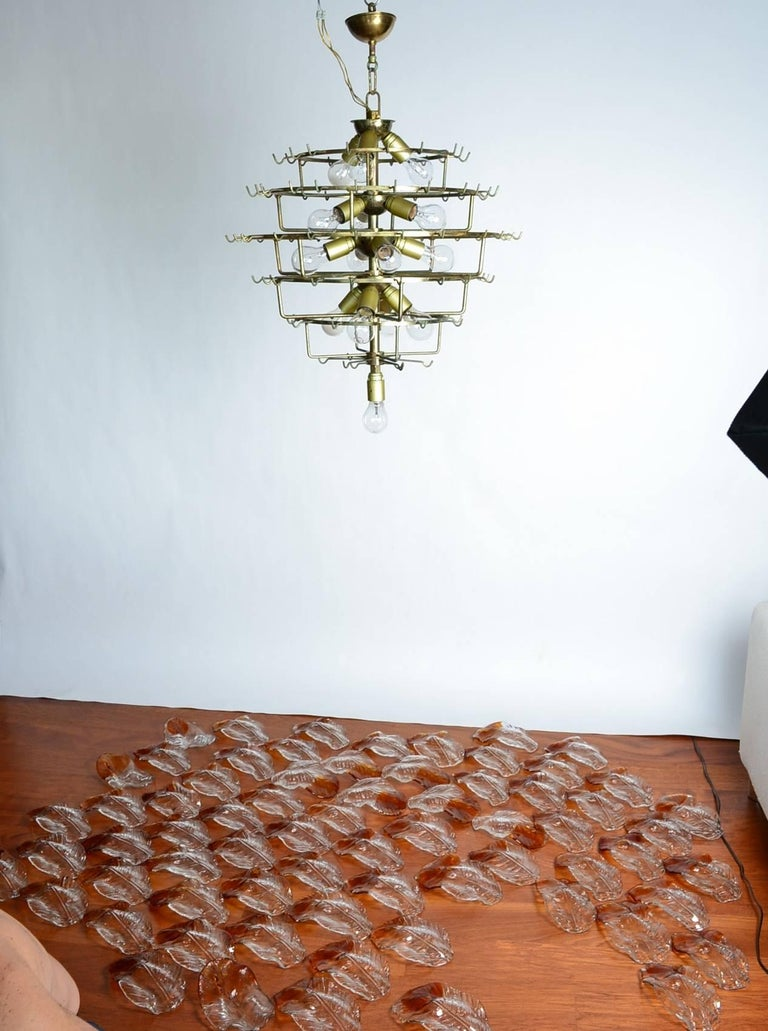 Italian Midcentury Murano Extra Large Chandelier with 99 Crystal Glass Leafs For Sale 2