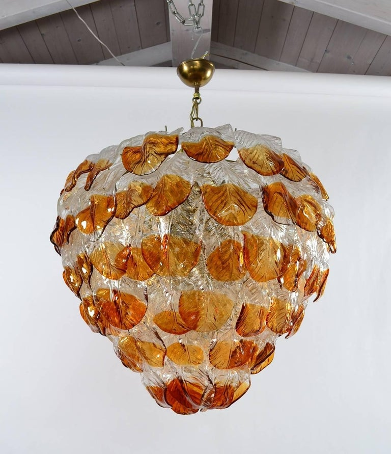 Italian Midcentury Murano Extra Large Chandelier with 99 Crystal Glass Leafs For Sale 3