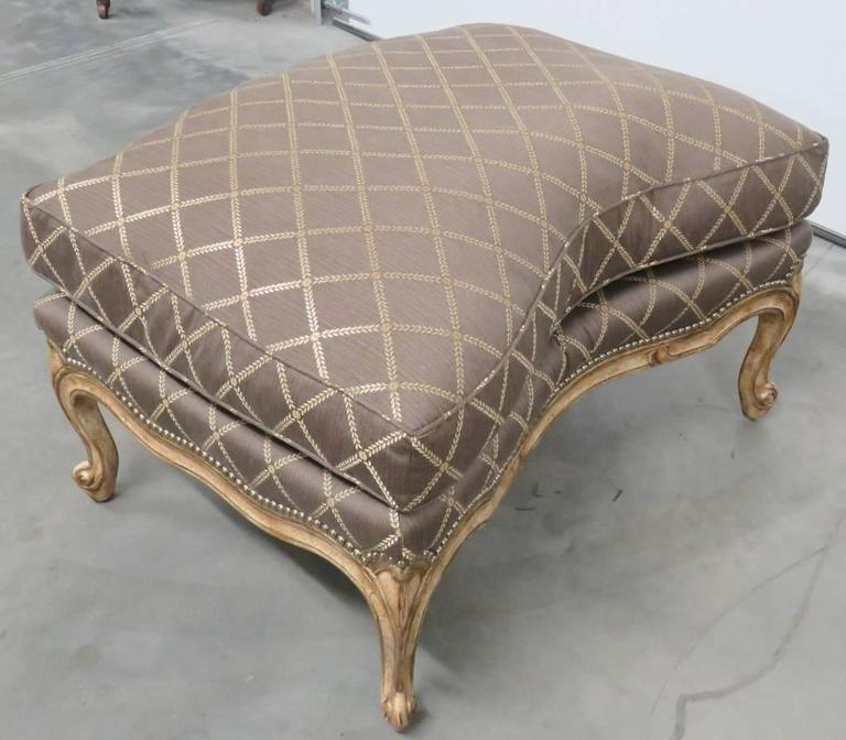 louis xvi style distressed painted two part chaise for sale at 1stdibs. Black Bedroom Furniture Sets. Home Design Ideas
