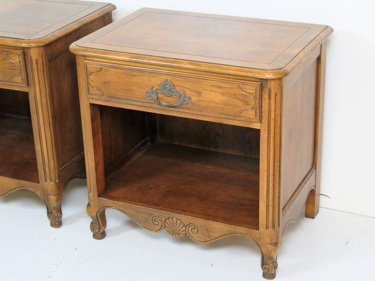 Pair of Baker Country French Walnut Nightstands In Good Condition In Swedesboro, NJ