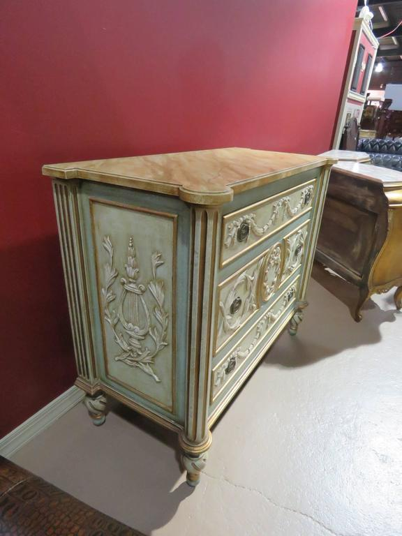 french style cream and turquoise painted commode for sale at 1stdibs. Black Bedroom Furniture Sets. Home Design Ideas