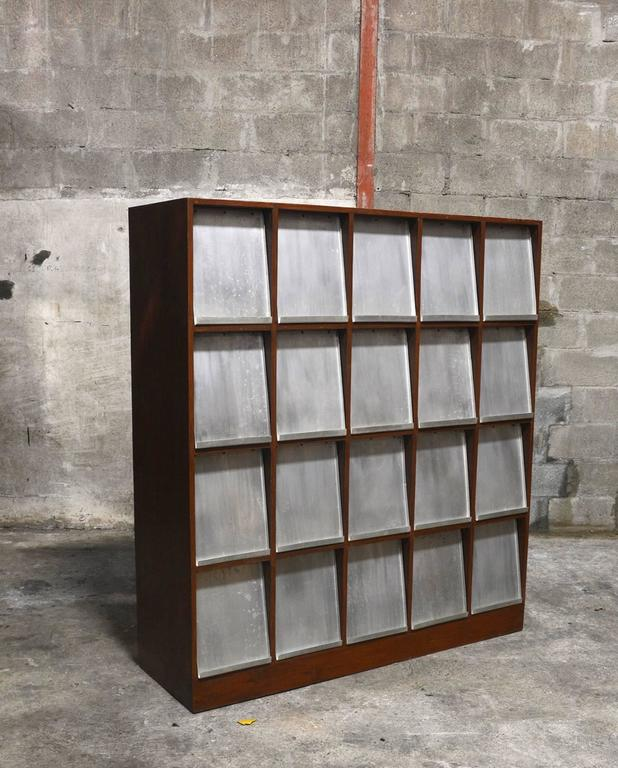 Pierre Jeanneret Very Rare Newspaper Bookcase 2